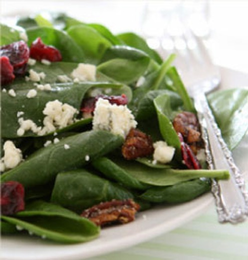 Spinach & Pear Salad with White Balsamic Vinaigrette